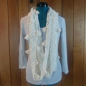 NWOT Ivory Floral Crochet Tassel Infinity Scarf